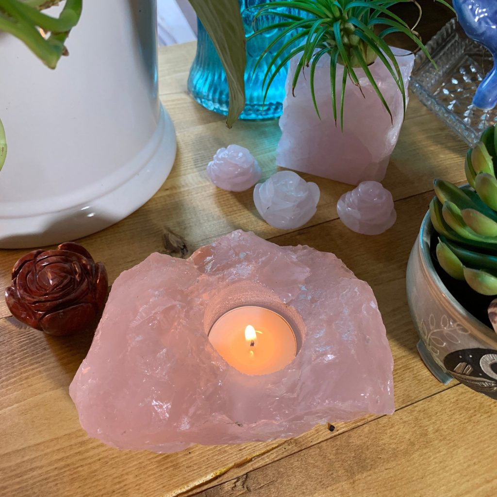 Rose Quartz 5 Best Natural Crystals as Candle Holders